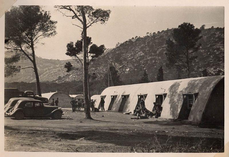 Camp de rassemblement de Marzagues à Marseille - mars 1946